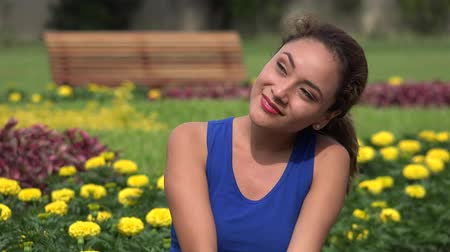hayran olmak : Romantic Young Hispanic Woman In Love Stok Video