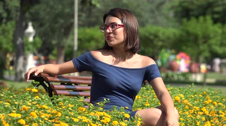 insetos : Happy Teen Girl With Eyeglasses In Park With Butterfly