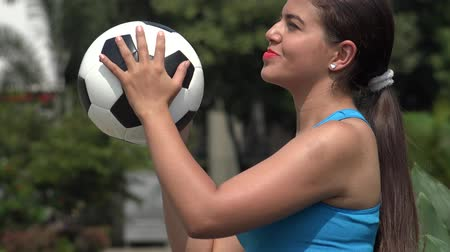 felicidade : Happy Teen Female Soccer Player
