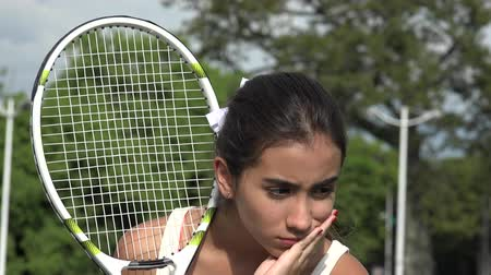 atlet : Sad Teen Female Tennis Player Stok Video