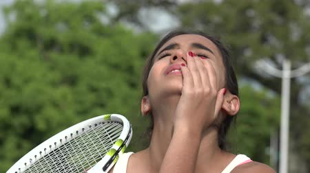 atlet : Losing Teen Female Tennis Player And Failure