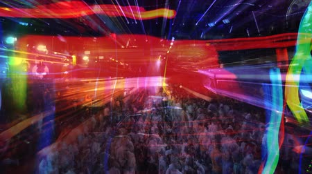 техно : abstract shot of a crowd at a nightclub