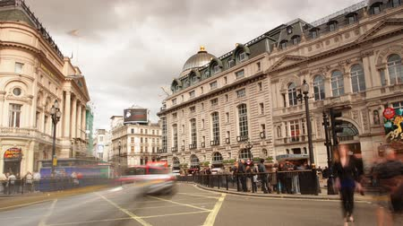 london england : street scene of piccadilly circus, london, england