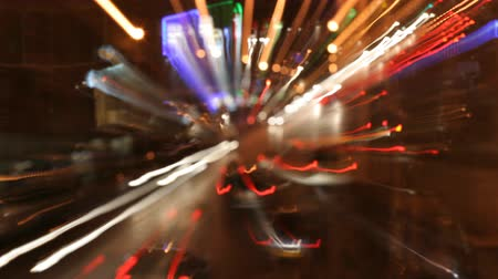 řídit : long exposure effect to capture light streaks on moving traffic in marseille at night