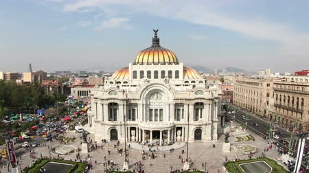 meksyk : time-lapse of the impressive bellas artes building in mexico city Wideo