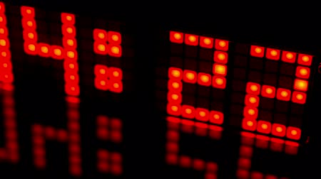 zegar : numerical digital display made from an LED clock counter Wideo