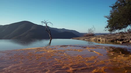 wapń : Timelapse of the unique and beautiful landscape of hierve al aqua in oaxaca state, mexico