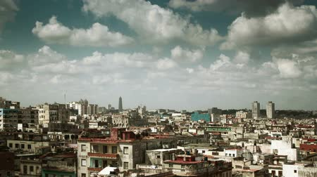 kuba : dramatic panning timelapse of the havana skyline, Cuba