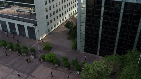 arche : Timelapse of people walking to work across a plaza in la defence business dstircit, paris