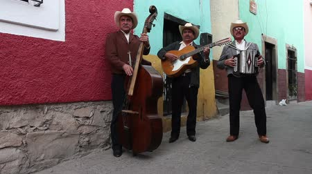 serenade : a mariachi group filmed in guanajuato, mexico with included audio Stock Footage