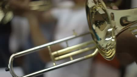 джаз : close up of instruments in a jazz band practise Стоковые видеозаписи