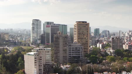 capital cities : a time-lapse of the mexico city skyline