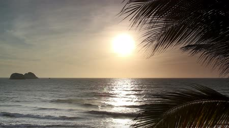 oceânico : timelapse of a beautiful sunset over the pacific ocean, mexico. Stock Footage