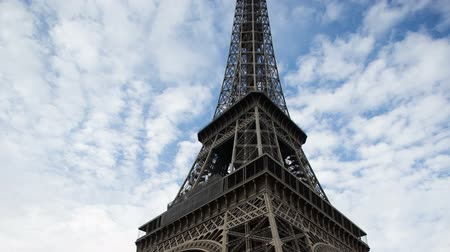 The Eiffel tower in Paris panning up from ground level Dostupné videozáznamy