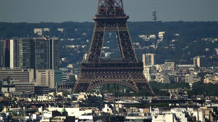 Close-up Time lapse of the Eiffel tower in Paris Dostupné videozáznamy