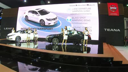 kiállítási terem : Bangkok, Thailand - December,10  2018 : People visit new car model at Thailand International Motor Expo 2018 MOTOR EXPO 2018 on Dec 10,2018 in Bangkok, Thailand
