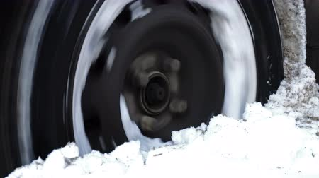 tread : Car got stuck in the deep snow Stock Footage