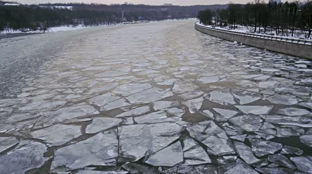 Floating of ice on Moscow-river