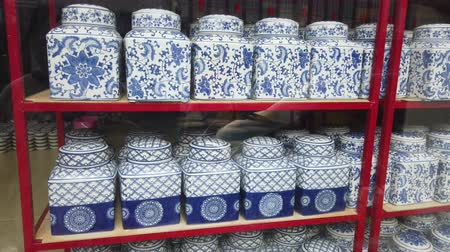 ceramika : Chinese Ceramic Jar placed on the shelves for sell on the market in phuket