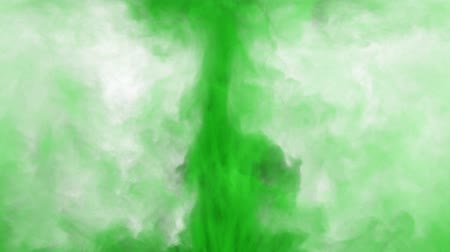 pigmento : Green spreading colored smoke 3D animation. Abstract inky swirling colorful powder cloud for wipe transitions and overlay effects. Isolated paint fog explosion isolated on white. Alpha channel