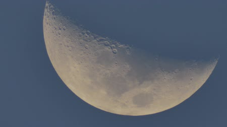The Moon moves across the sky. Stok Video