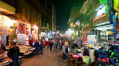 khan : CAIRO, EGYPT - DECEMBER 22, 2017: Bazaar of Khan El Khalili is the notable landmark of Islamic Cairo, especially crowded in evening, on December 22 in Cairo.