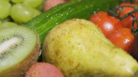 zeller : Close up of fruits and vegetables. Dolly shot