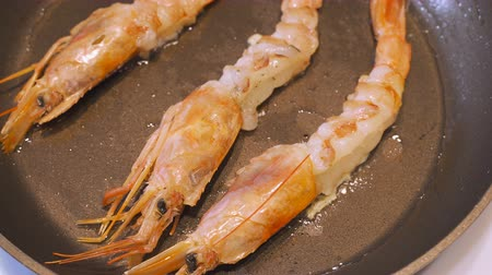 seafood recipe : Shrimps prawns fried with spices.