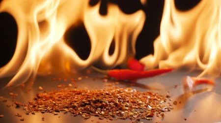 chili : Peppers and flames in super slow motion