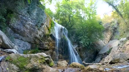el değmemiş : watch a mountain waterfall