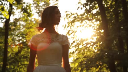 giydirmek : Vintage Wedding Dress Girl Forest Summer Sun Flare background HD Stok Video