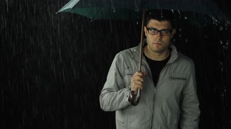 emocional : Young Man Sad Upset Rain Bad Weather Concept
