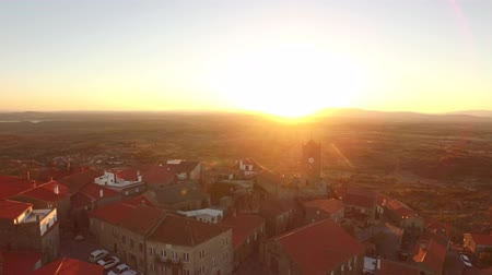 adriyatik : Aerial Community Sunset Landscape Drone Travel Nature Dwelling Crowded Residential Historic Guaita Tower Europe Roof History 4K Famous Portugal Tourism Stok Video