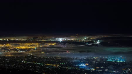 pyramida : San Francisco and Oakland With Fog Night Timelapse