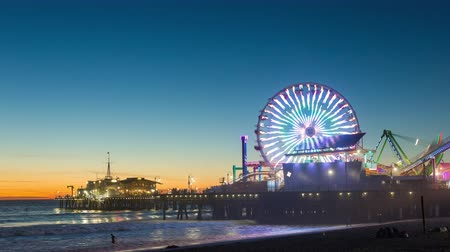 us bank tower : Santa Monica Pier Ferris Wheel, California Dusk Timelapse