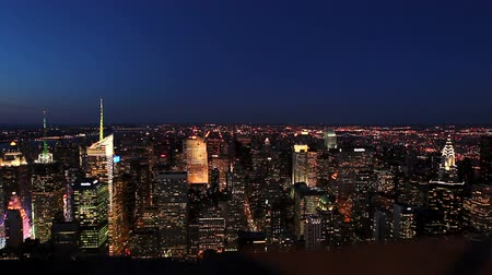 estrutura residencial : View on Manhattan, New York City, from Top of Building at Sunset Vídeos