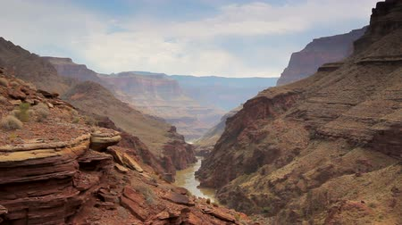 dél amerika : Beautiful Landscape Vista of the Grand Canyon with Colorado River
