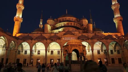 isztambul : Time Lapse of People At Mosque at Sunset
