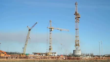 épít : Beginning of construction of a residential complex