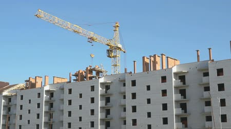 yerleşim : Construction of an apartment residential complex Stok Video