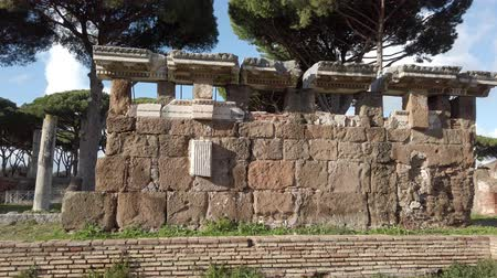 travertino : Archaeological excavations of Ancient Ostia, the ruins of the Roman Gate - Rome
