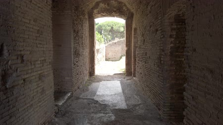 A look at the Roman ruins in the ancient Ostia