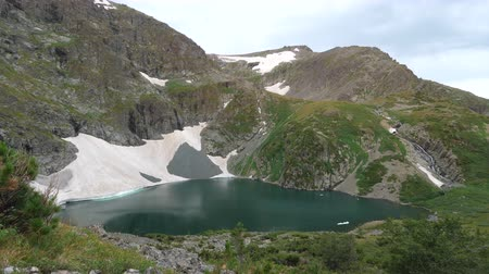 altay : Static view to mountain lake with glacier. Altai