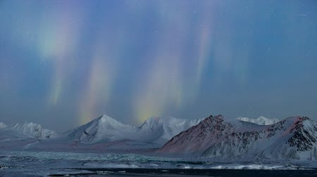 выброс : Northern Lights in the Arctic, Spitsbergen - TIMELAPSE Стоковые видеозаписи