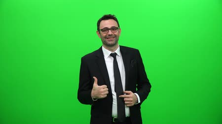 alcançando : Businessman Showing Thumbs Up