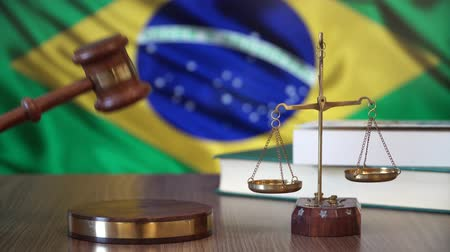 sala de tribunal : Justice for Brazil Laws in Brazilian Court Stock Footage
