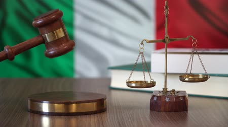 supremo : Justice for Italy Laws in Italian Court Vídeos
