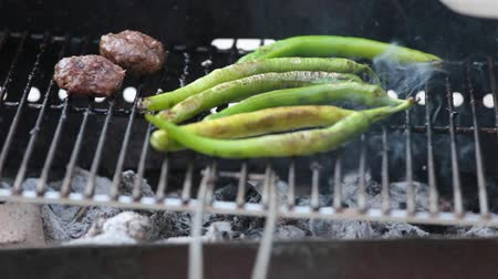 méz : Summer Bbq Grill Meetballs And Long Green Pepper