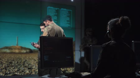 mise : Group of military forces working in control center calculating locations of nuclear missile launch.