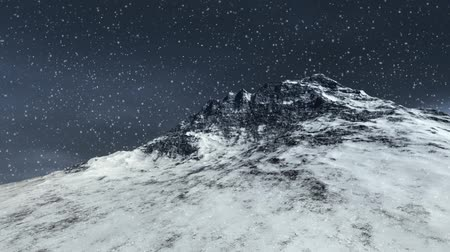 mrożonki : Winter scene mountain top with snow and star shining.-
